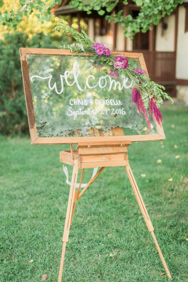 Vintage window welcome sign