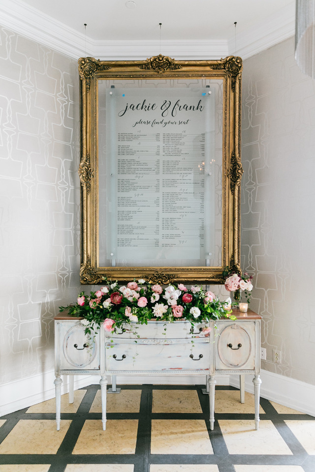 gold frame wedding seating chart
