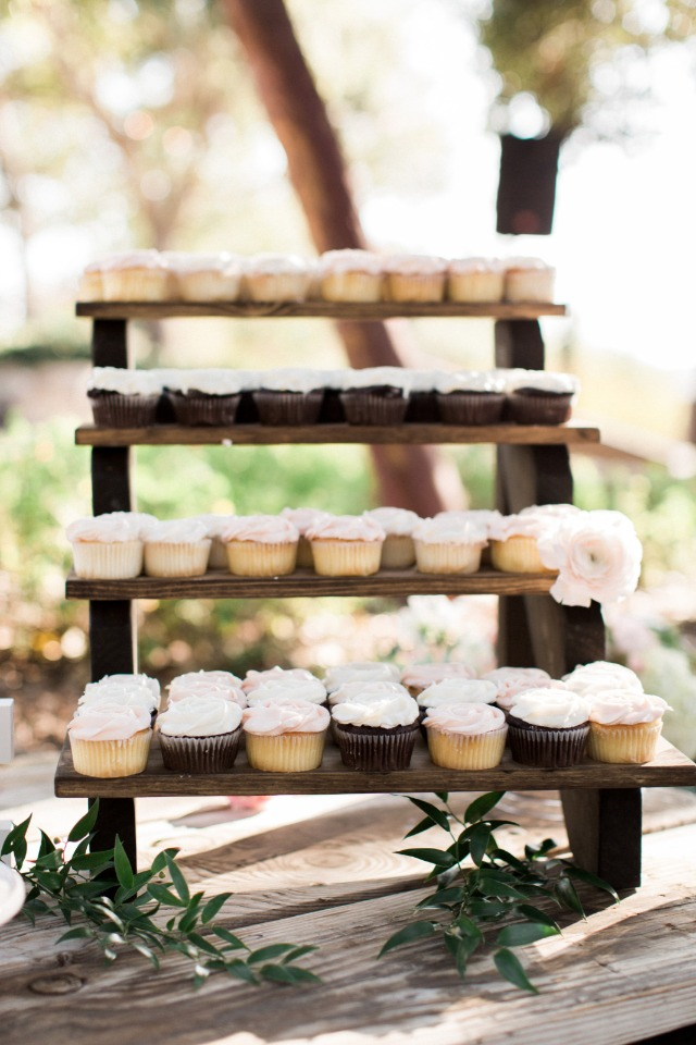 cute cupcake display ladder