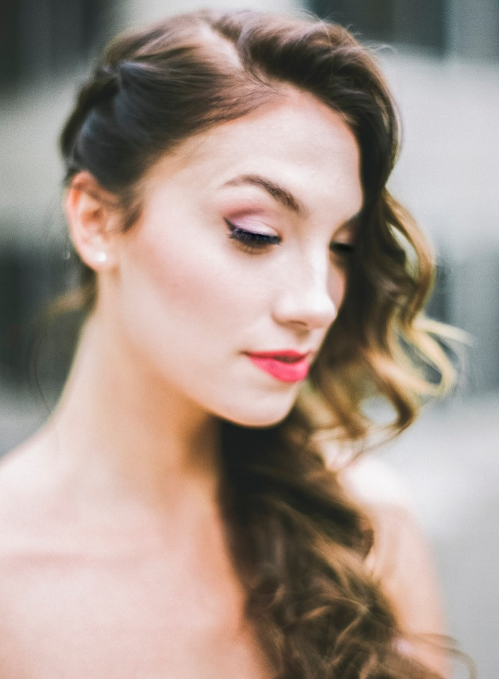 cat eye wedding makeup idea
