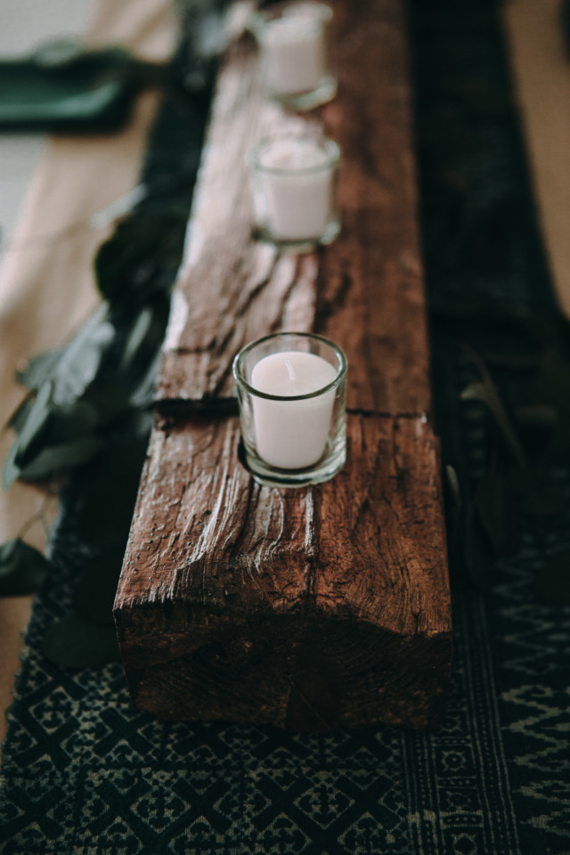 candle and wood wedding centerpiece