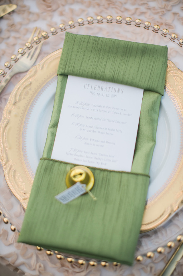 green and gold wedding place setting