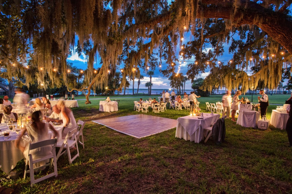 Spanish moss trees at Jekyll Island Club Hotel