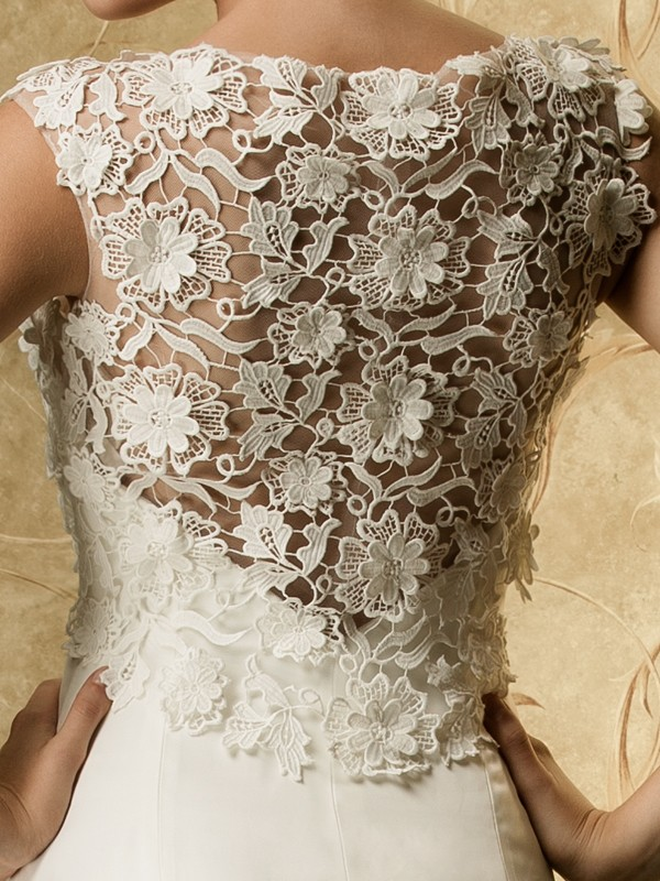 Lace wedding dress with lace detail from Stylish Wedd