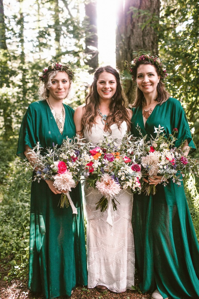 Boho bridesmaids in emerald green