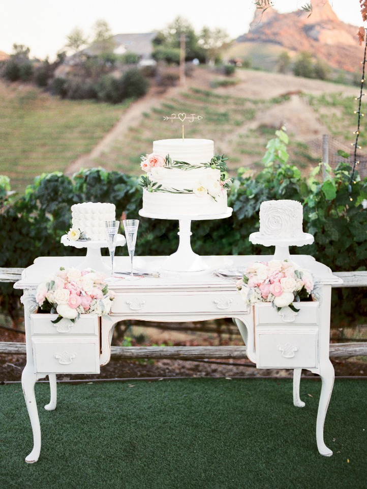 vintage dresser wedding cake table