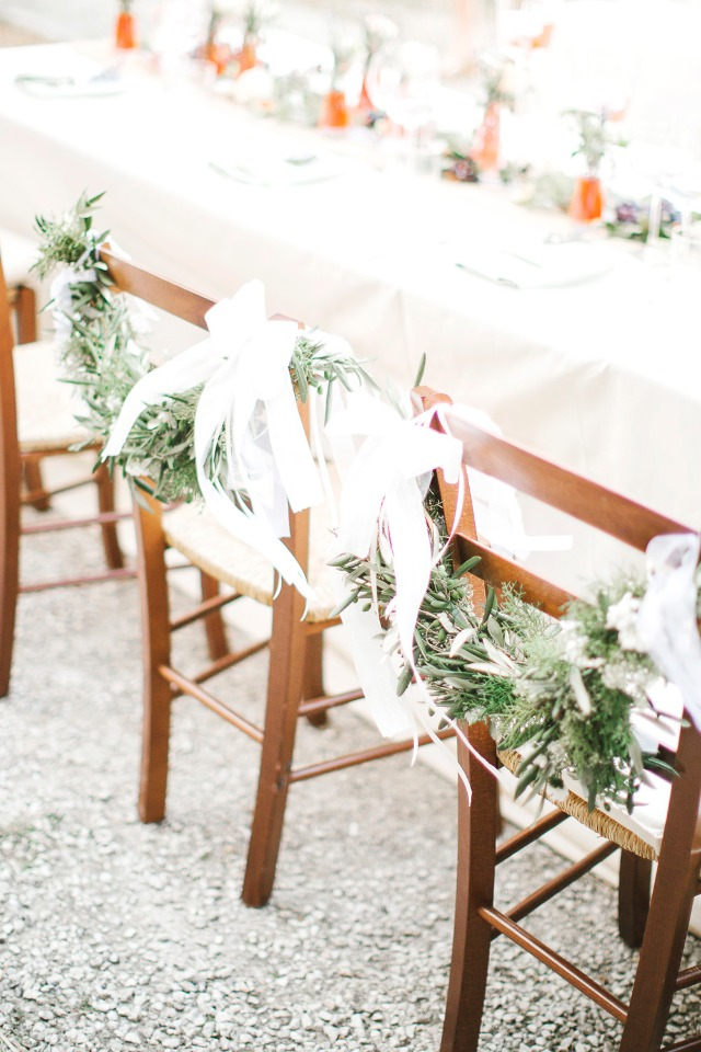 Chair garland for bride and groom
