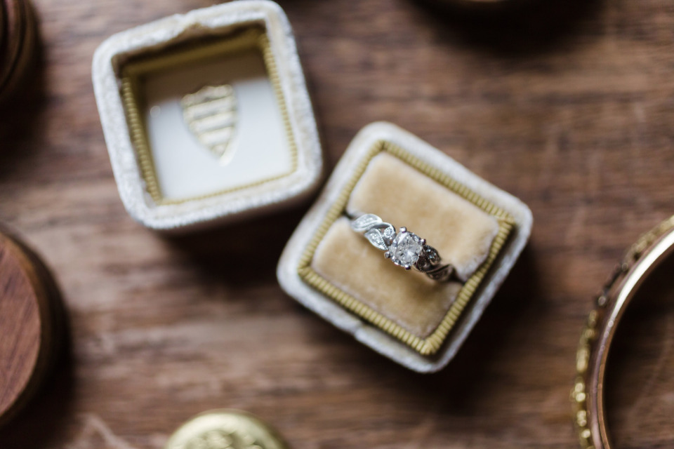 gorgeous engagement ring and mrs box