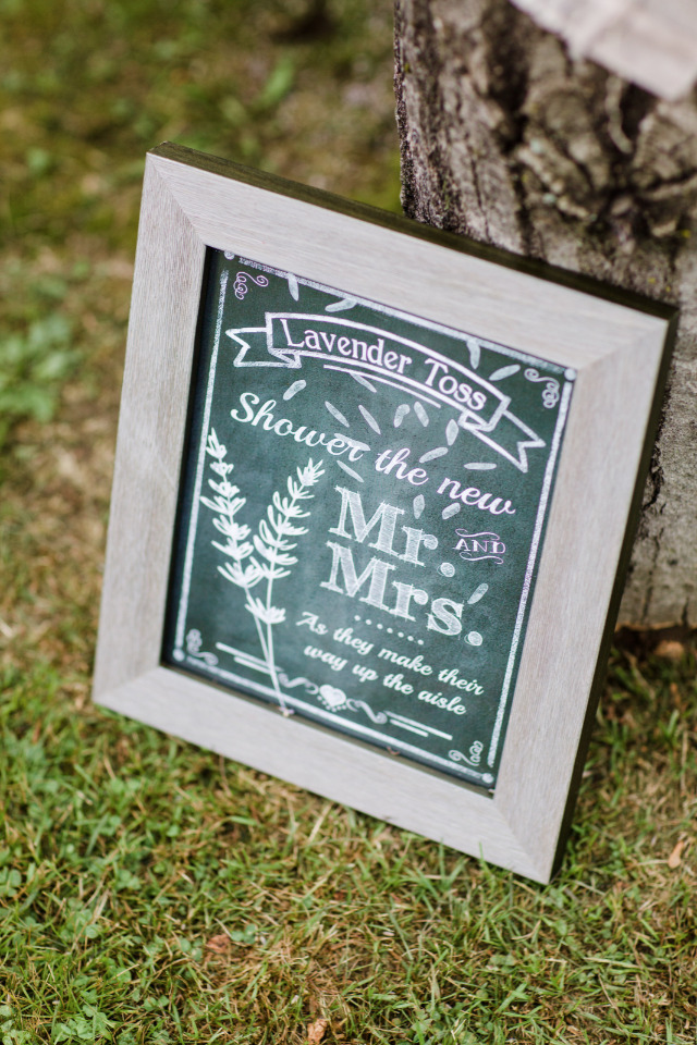 lavender toss wedding sign