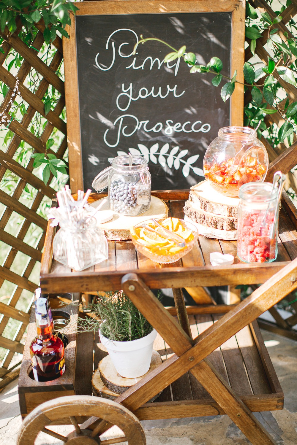 Pimp your Prosecco bar cart