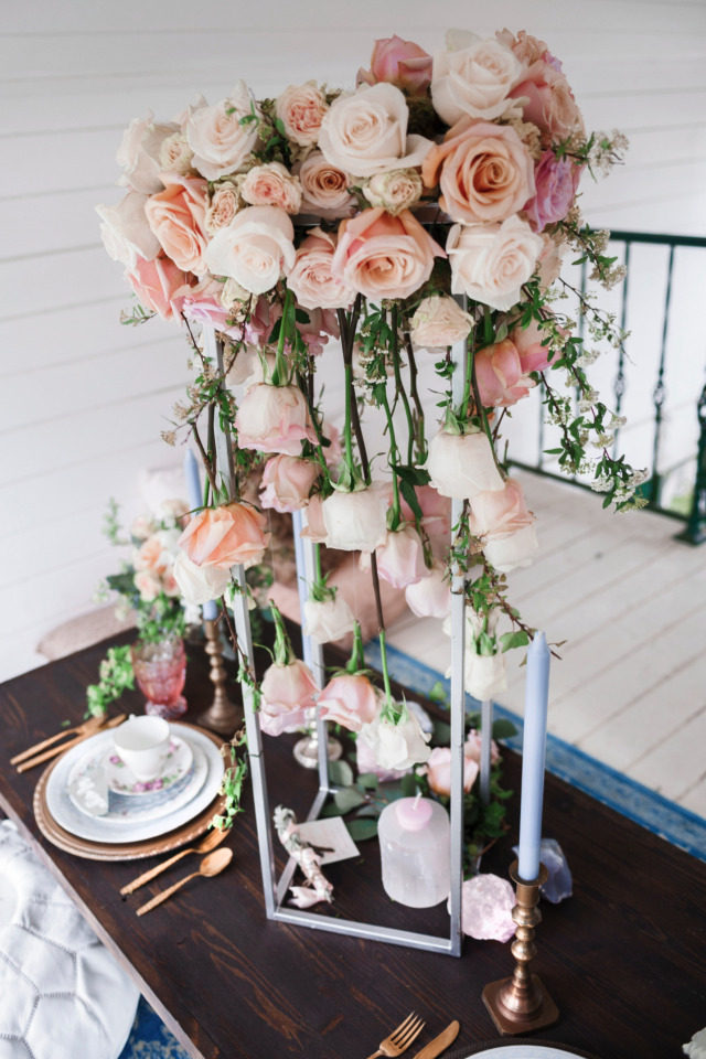 tall rose hanging wedding centerpiece idea