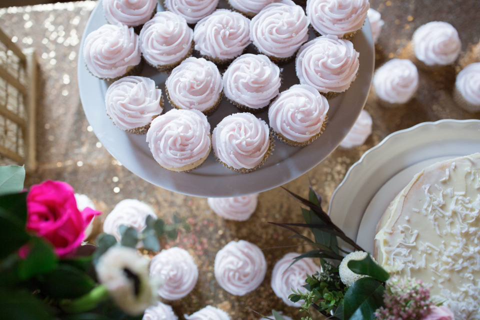 cute pink wedding cupcakes