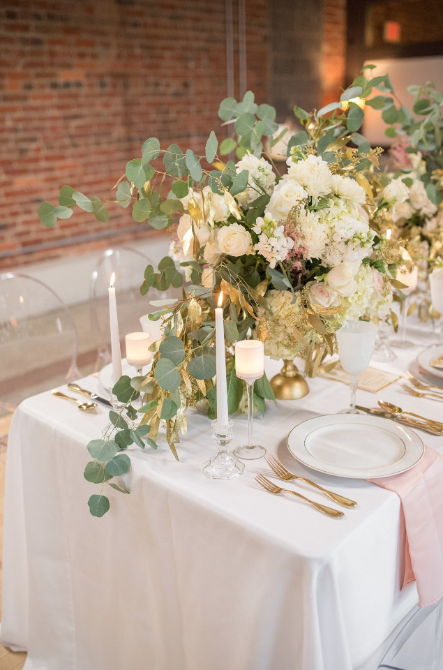 wild floral decor for a wedding reception