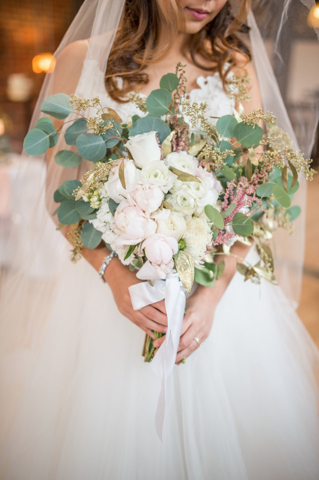 soft blush and white wedding bouquet with roses and peonies
