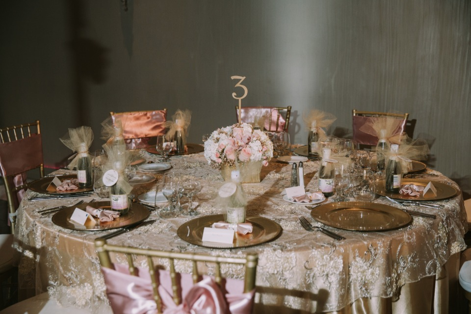 Pink and gold reception table
