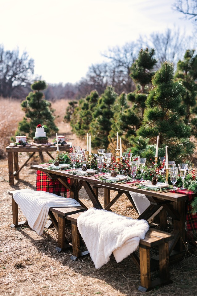 warm and cozy winter wedding reception