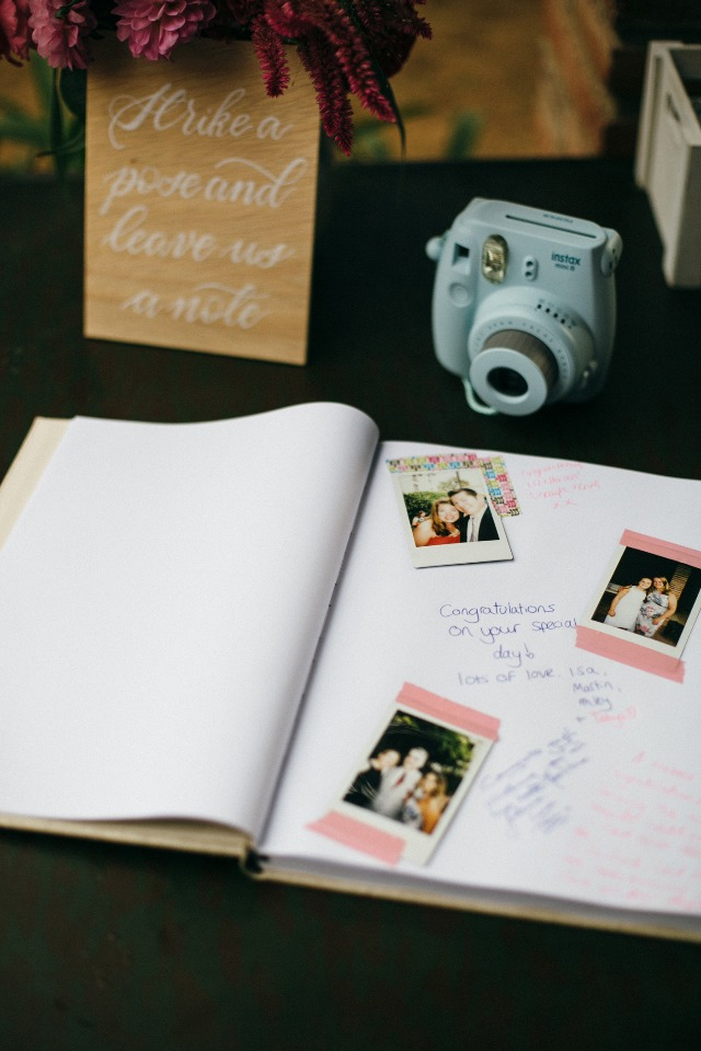 strike a pose and leave a note guest book idea