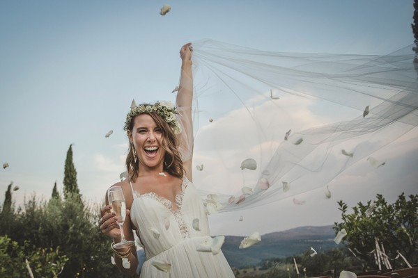 Seriously Wishing We Could Have Been At This White Wedding In Italy