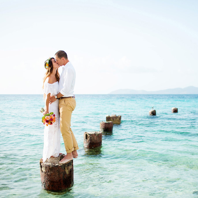 lindsay vann photography for island style weddings