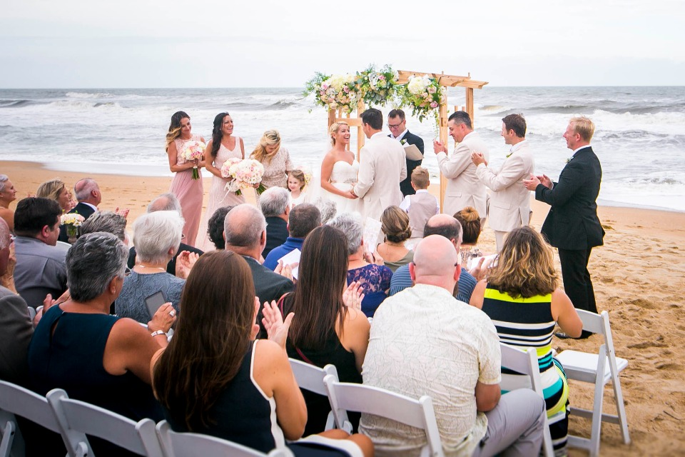 Chic reception right on the beach
