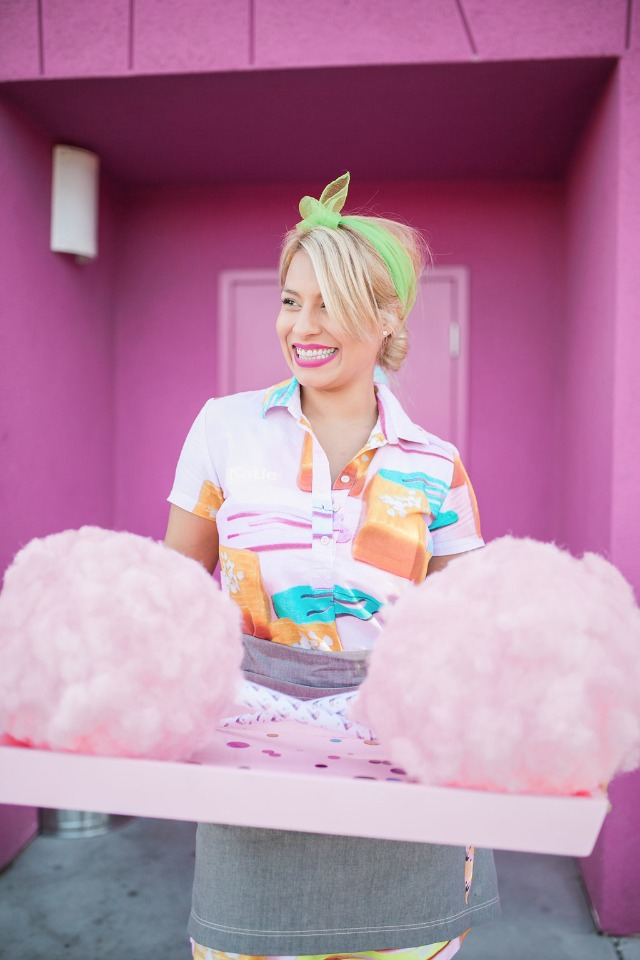 Cotton candy is a must for your bridal shower