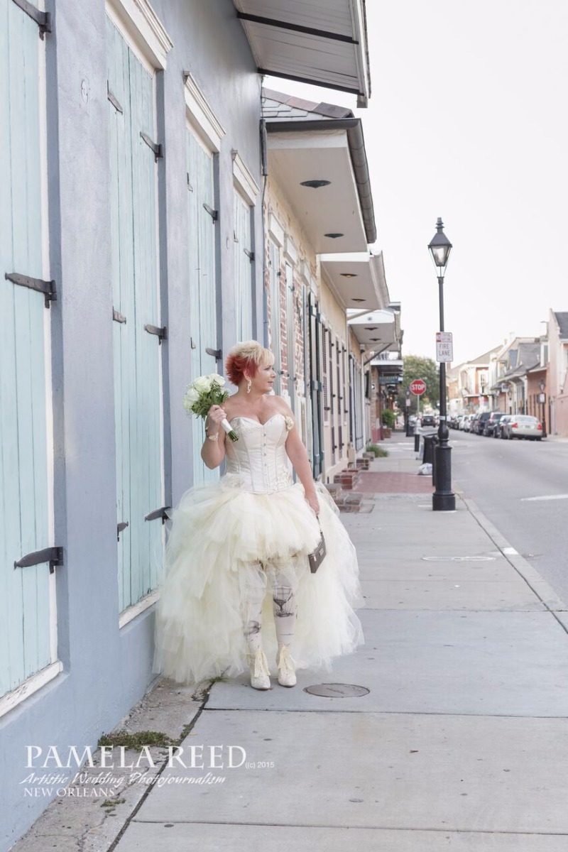 Rock your wedding with this ivory hi lo tulle skirt. Photo by Pamela Reed Photography in New Orleans.