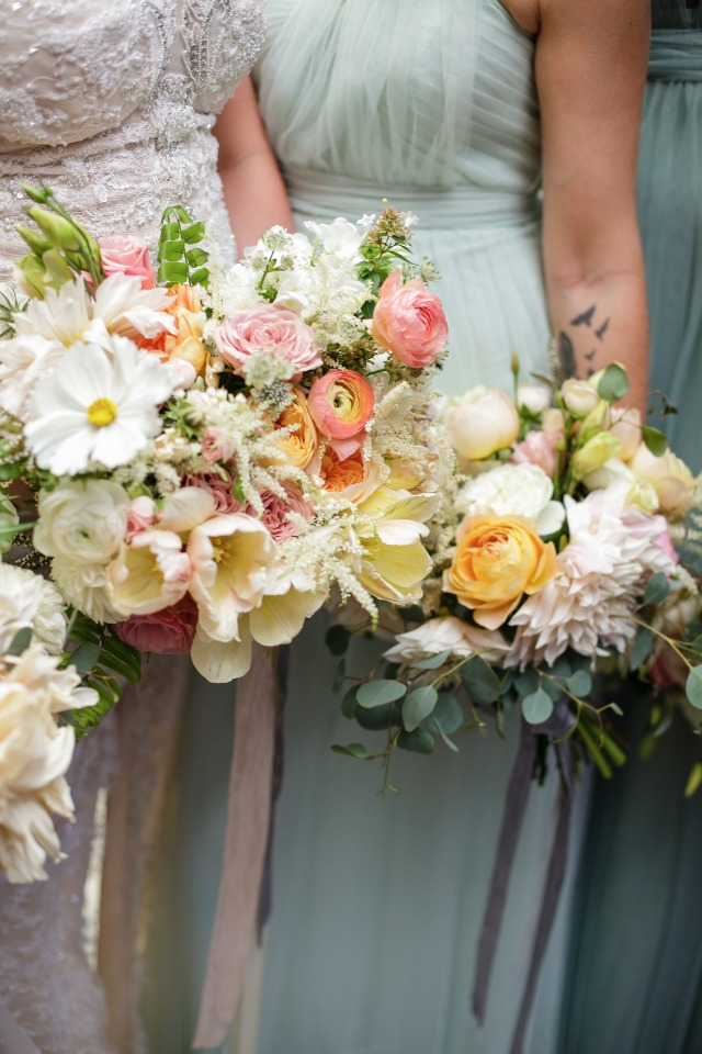 bridesmaids wedding bouquets