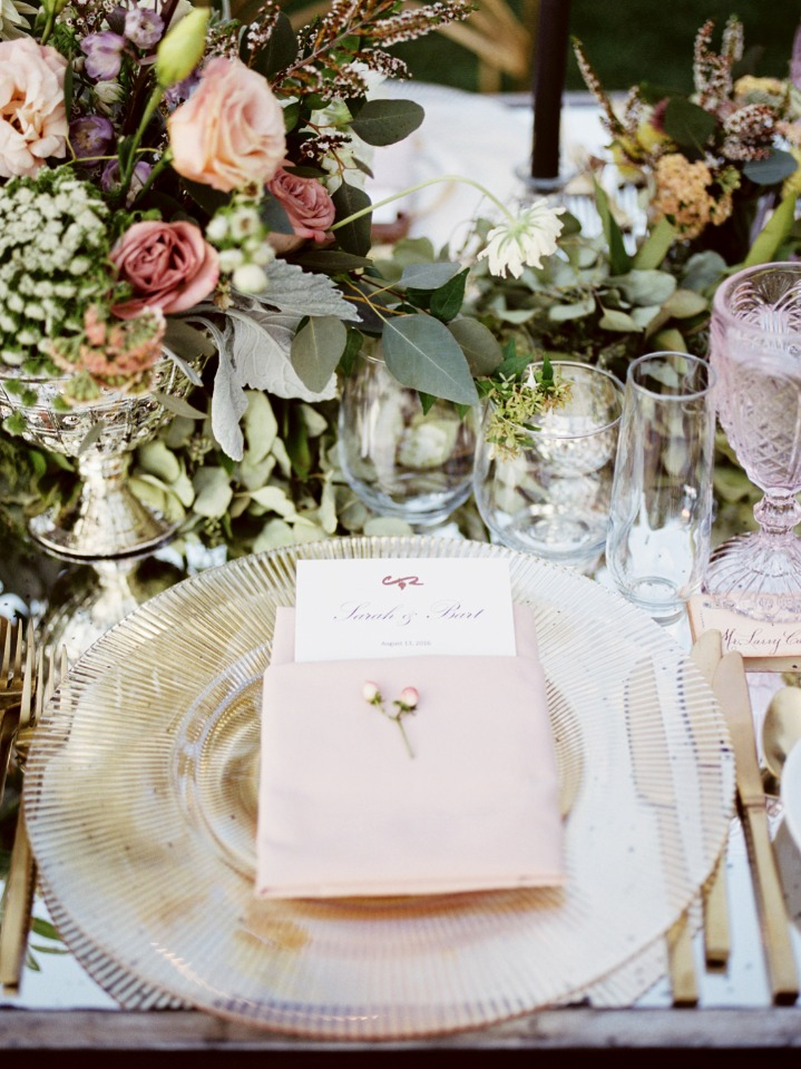 blush pink and gold seating decor