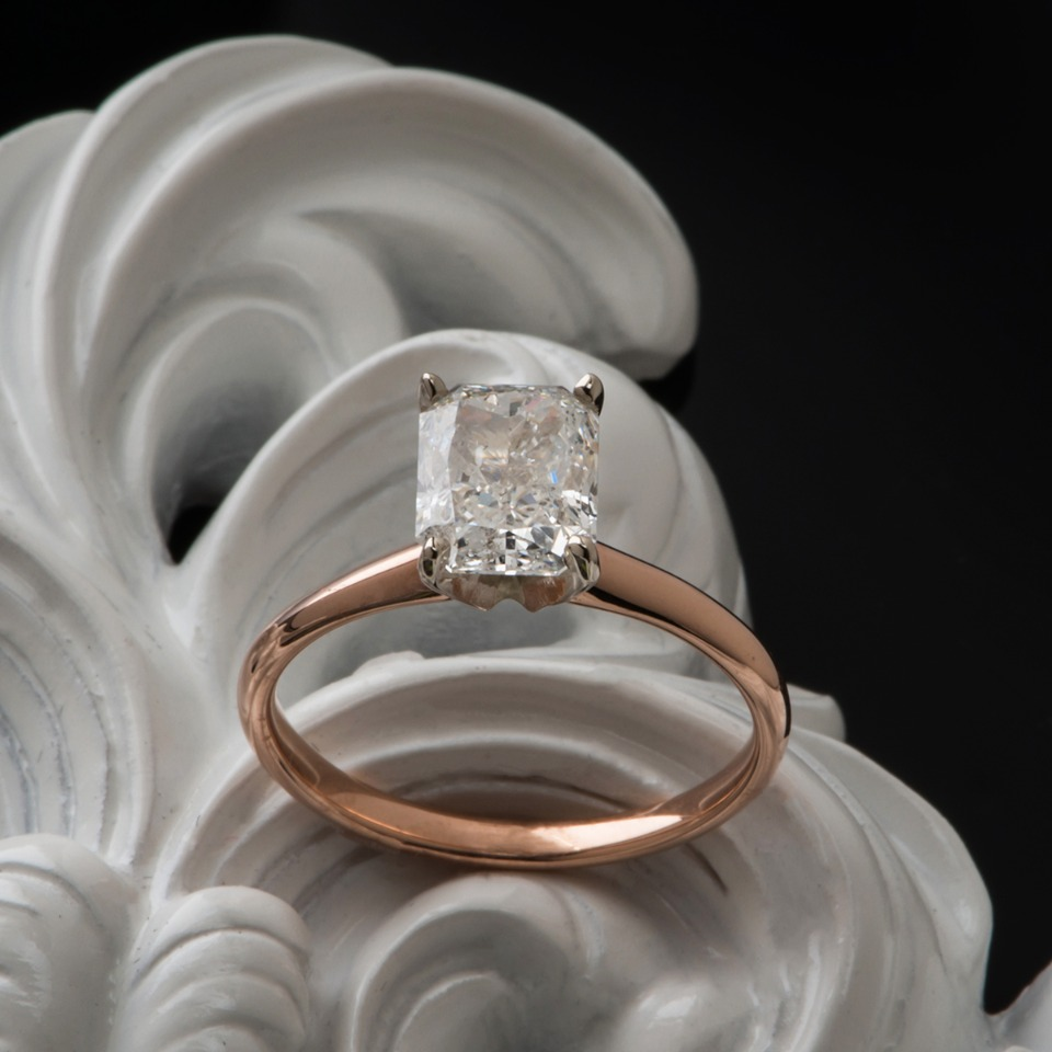 classic single solitaire diamond engagement ring