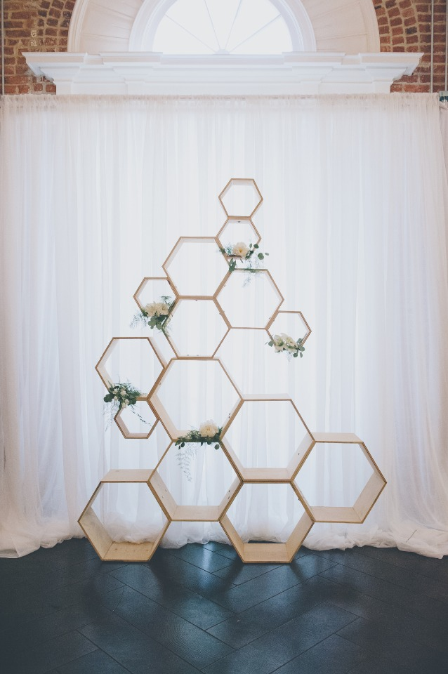 Gorgeous hexagon ceremony backdrop