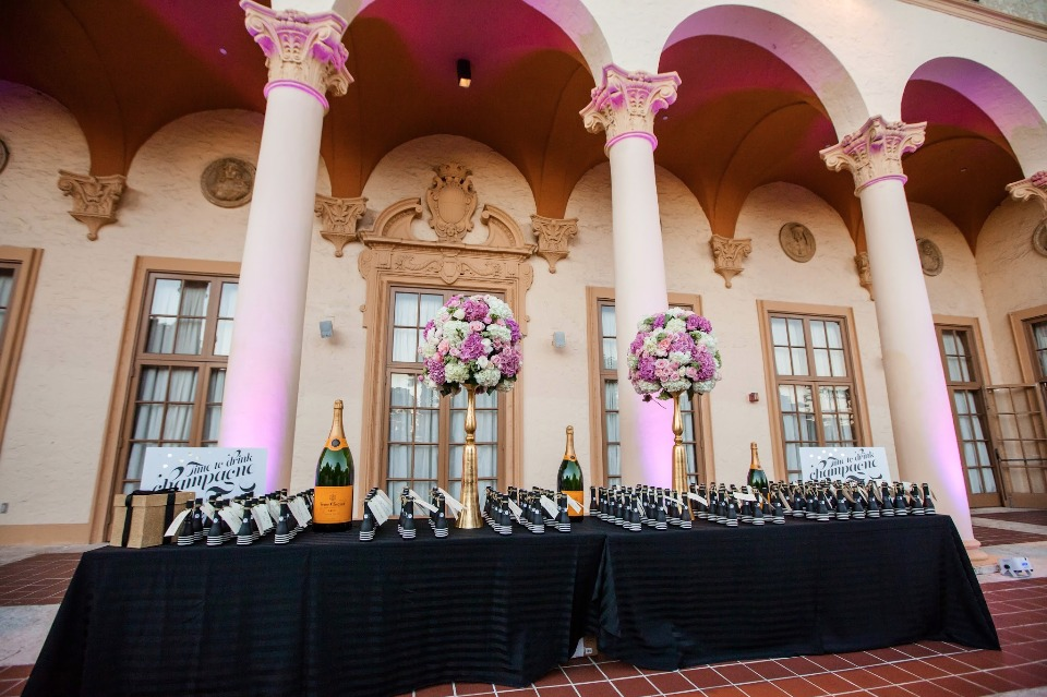 Escort bottles table