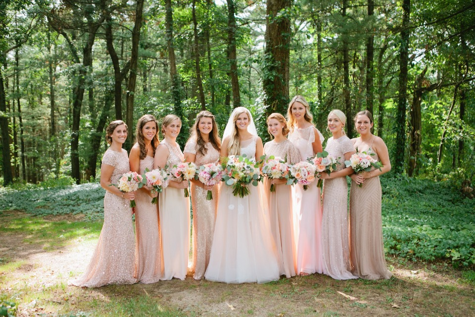 Bridesmaids in soft shades of pink