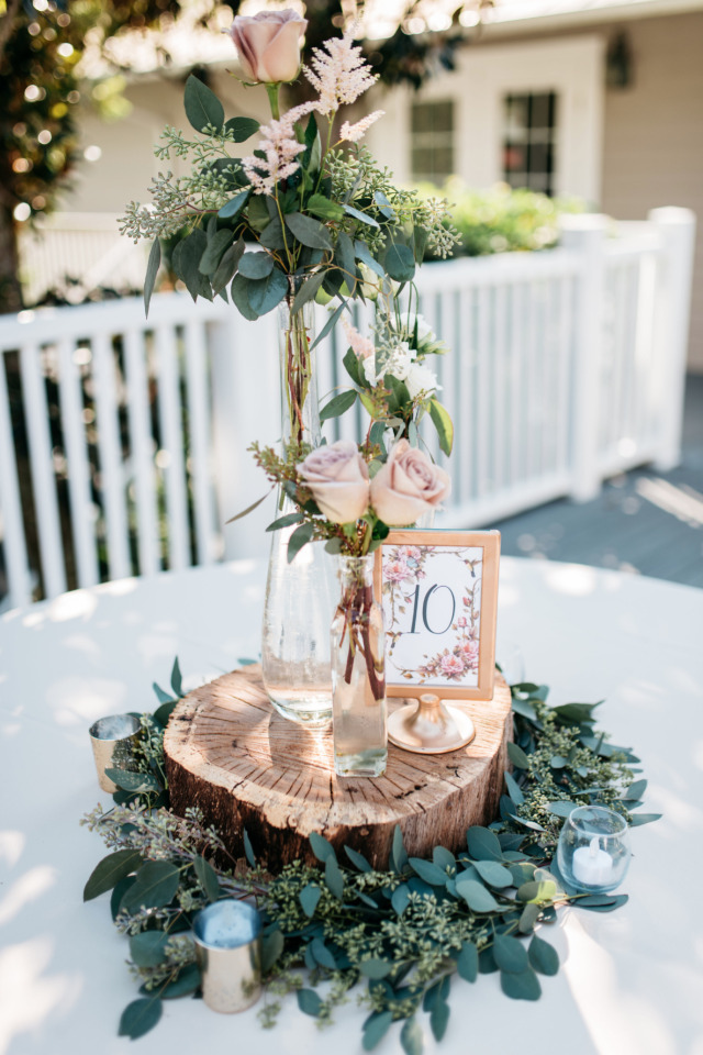 beautiful varying heights wedding centerpiece