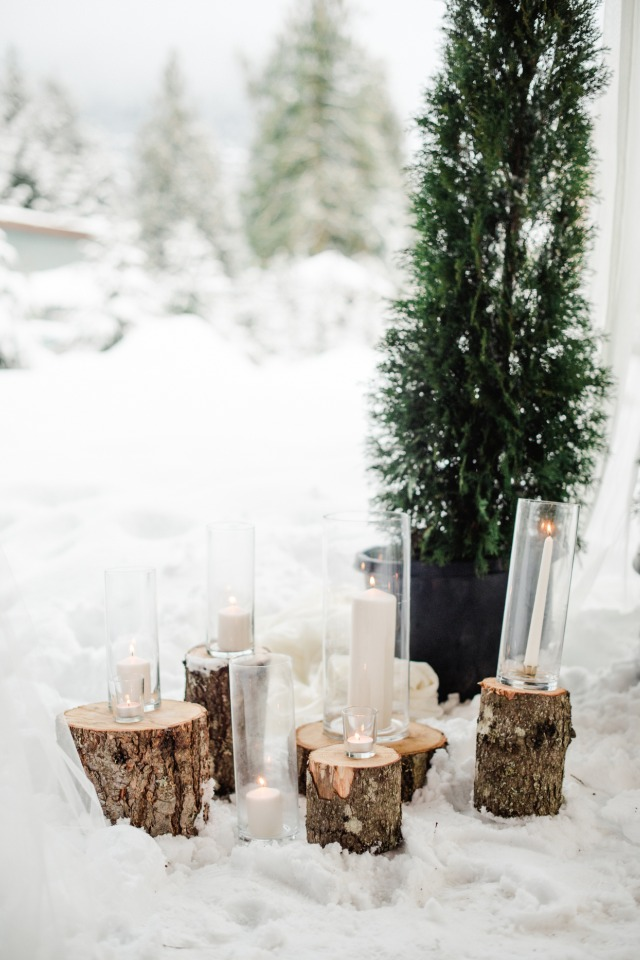 Woodsy decor for a winter wedding in Canada
