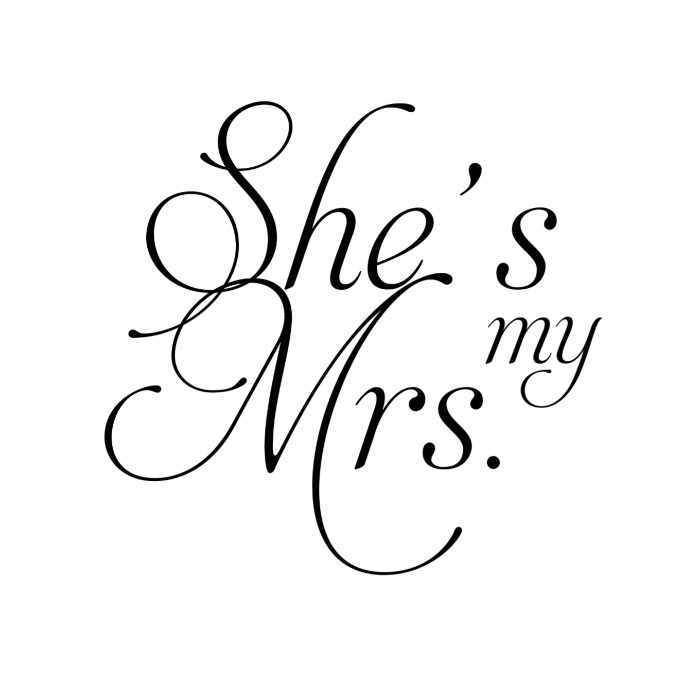 Print: Fancy Font Free Printable Mr. and Mrs. Wedding Signs