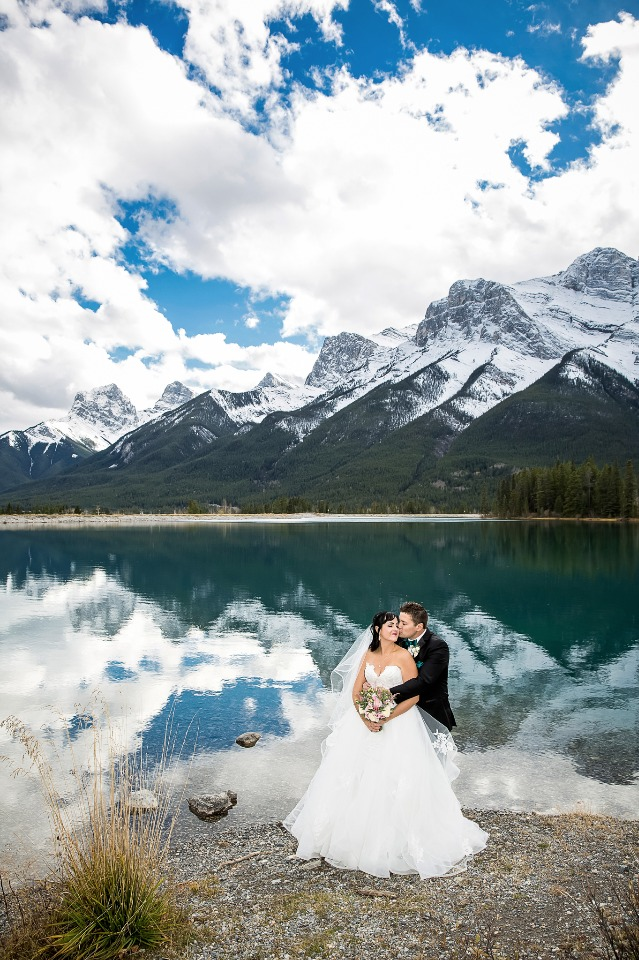 Romantic wedding with a VIEW