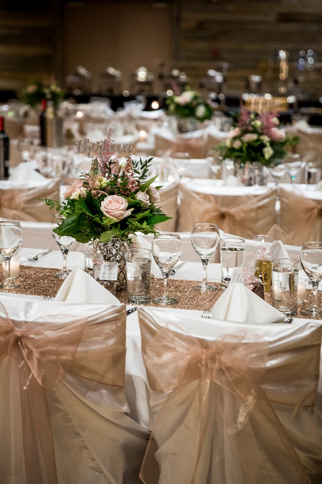 Gold and blush reception decor