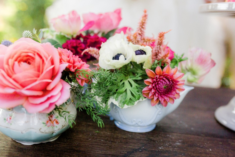 mix and matched wedding centerpiece