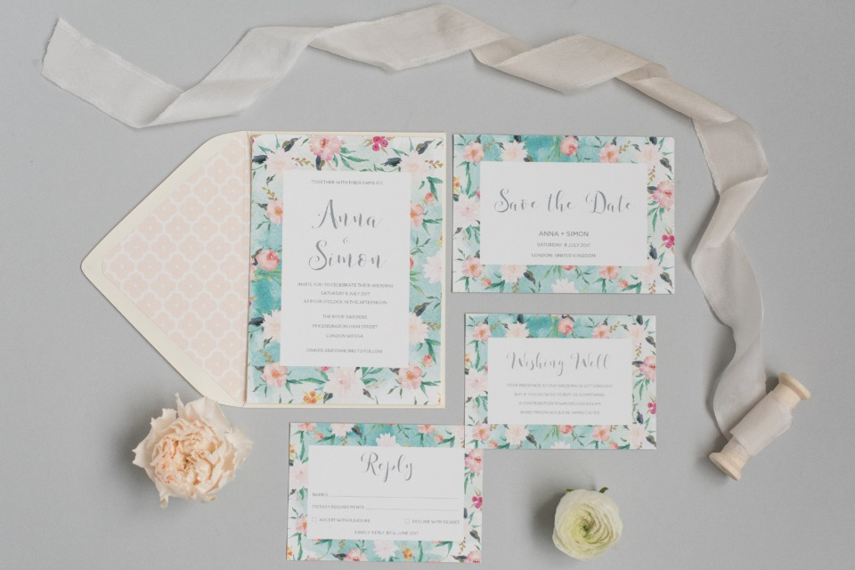 ANNA + SIMON II Polka Dot Paper Invitation