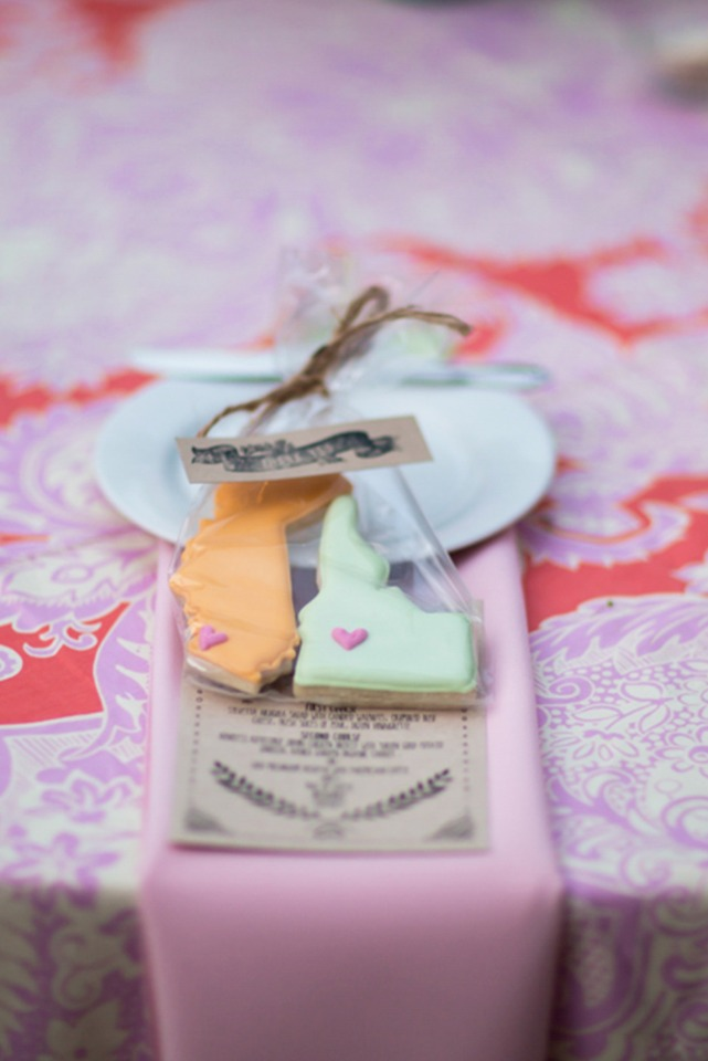 State cookie wedding favors