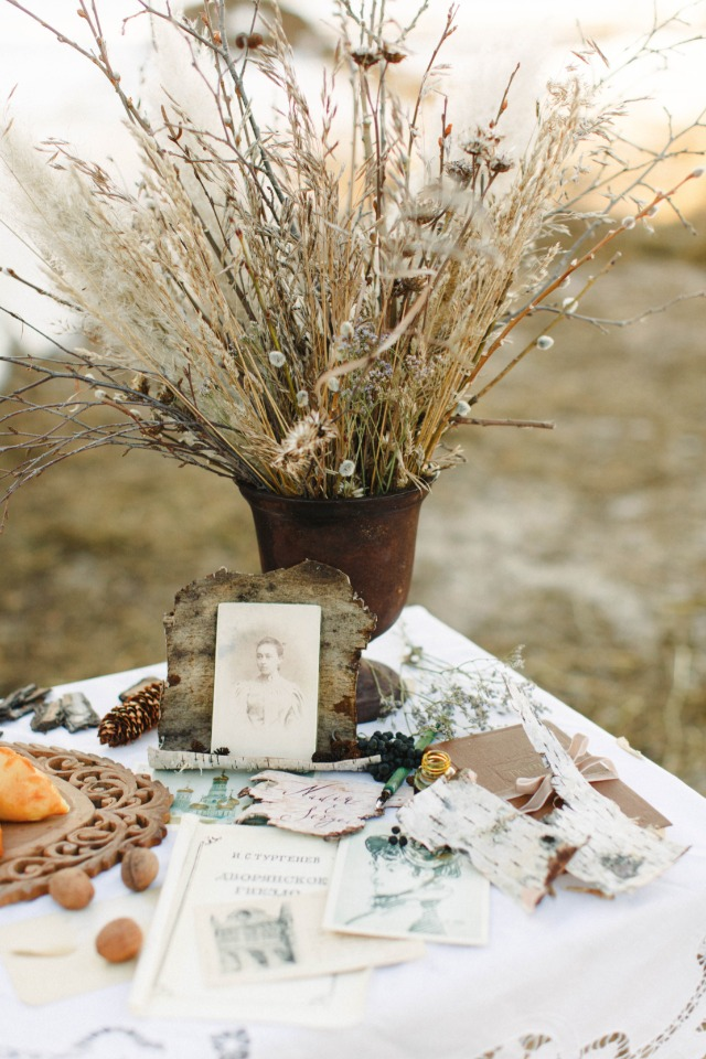 heirloom wedding decor