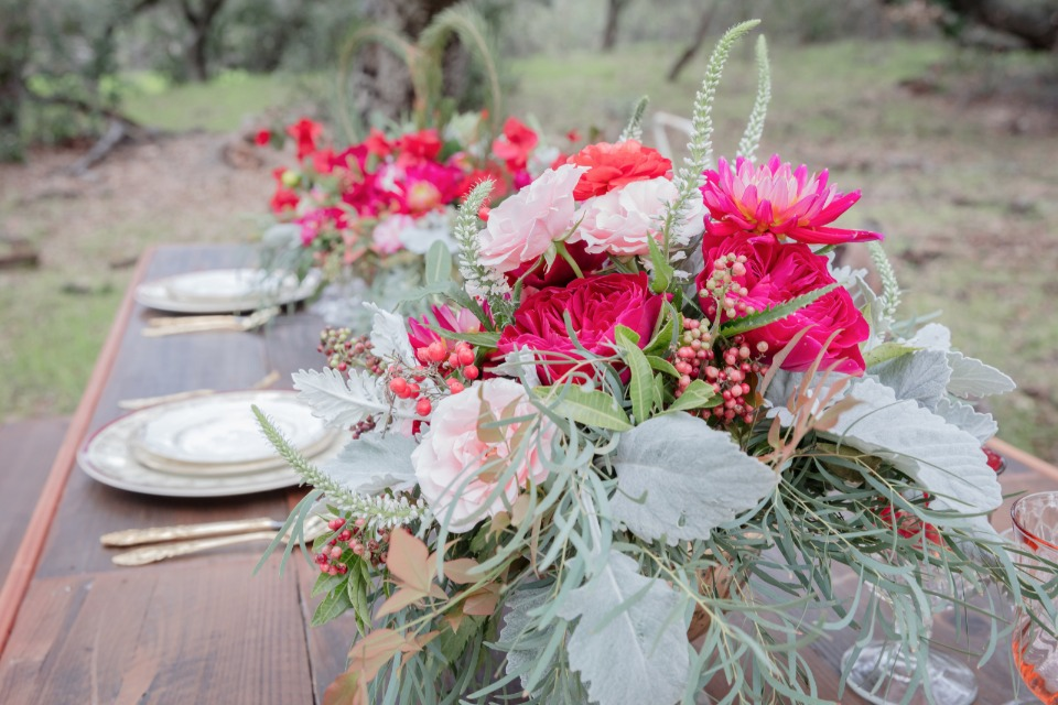 romantic pink and red centerpieces