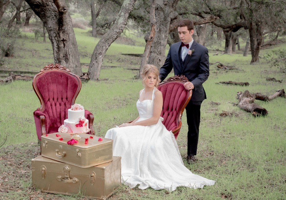 vintage Valentine's day wedding inspo