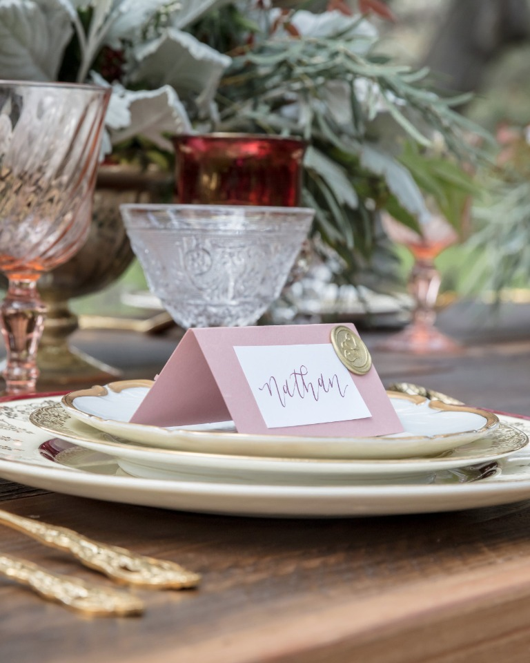 pink and gold escort cards