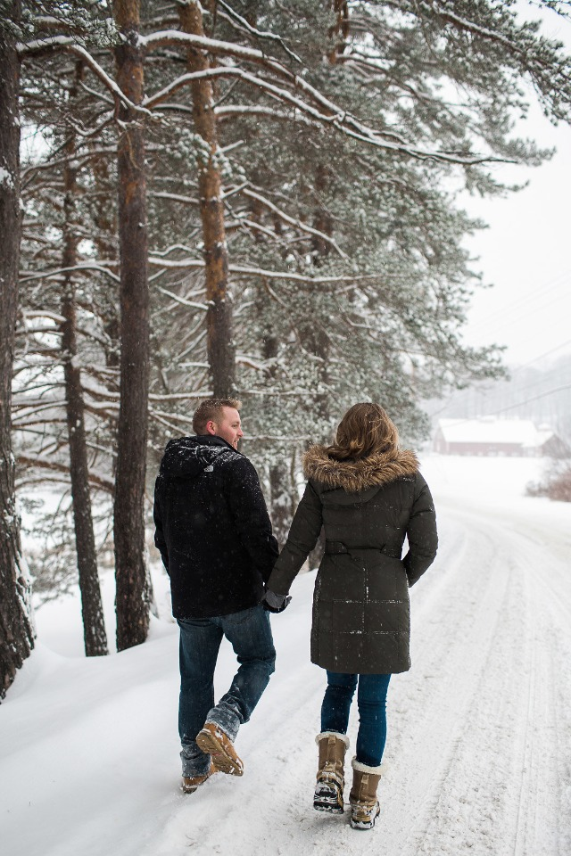 snow day engagement shoot idea