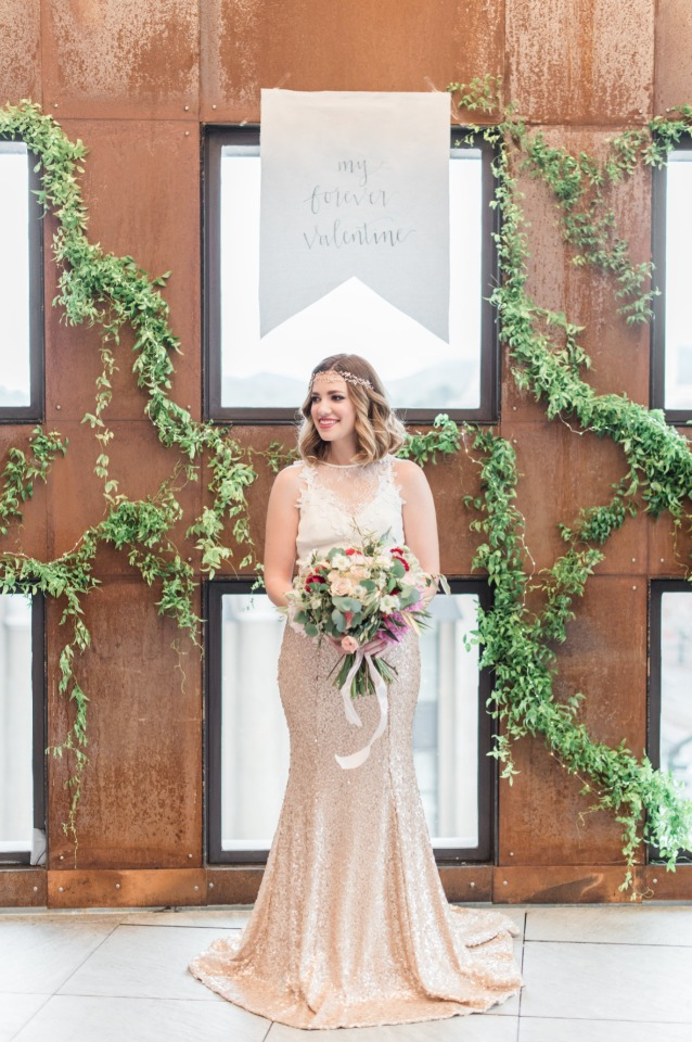 Romantic Valentine\'s Day Wedding Ideas For The Modern Bride-To-Be