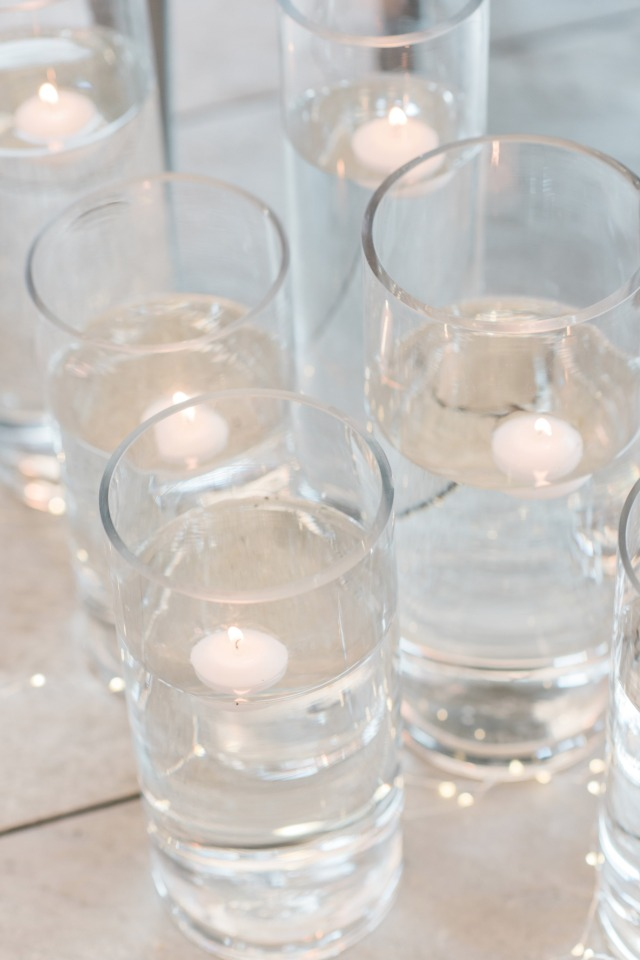 Floating candles ceremony decor
