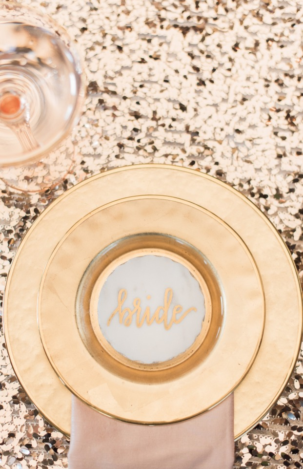Sweetheart table place setting idea for the bride
