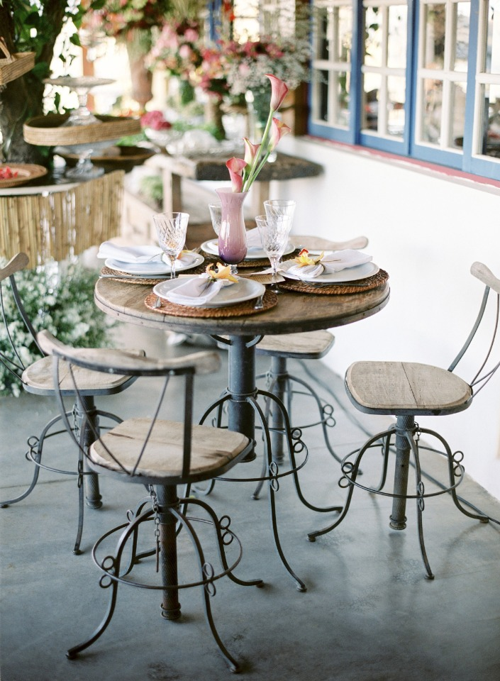 cafe style wedding table