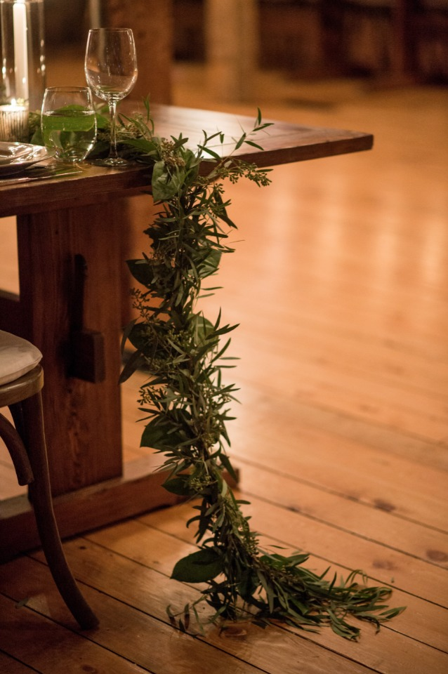long greenery garland table decor